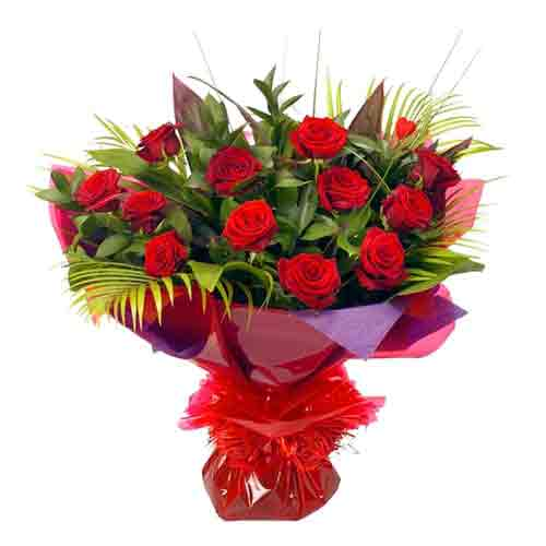 Beautiful 12 Red Roses Bouquet with Love