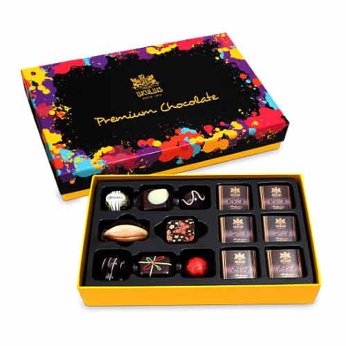 Premium Gift Box with 22pcs Dark Chocolate