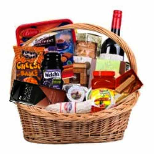 Remarkable Treat Their Taste Big Gift Hamper