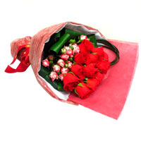 Velvety Arrangement of Red Kenyan Roses on Valentines Day