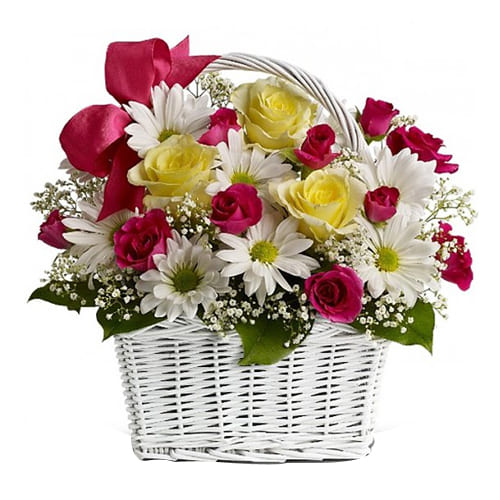 Heavenly Mixed Flower Arrangement with Romantic Thrill