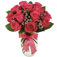 Eye-Catching Heart of Love Bouquet of Pink Roses