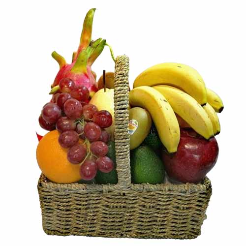 Deluxe Basket of Seasonal Fruits Hamper