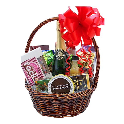 The Perfect Gift to make memories this Christmas is this Basket of French Wine, Cheese N More