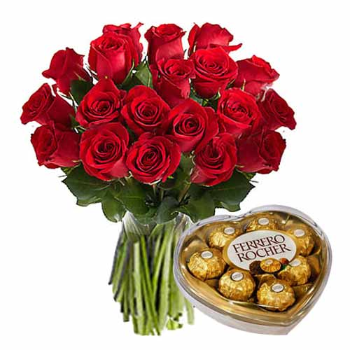Dazzling Hamper of 18 Red Roses and Ferrero Rocher Box