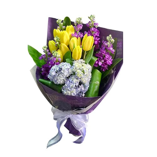 Treasured 10 pcs Holland Tulips Bouquet for Sweet Seduction