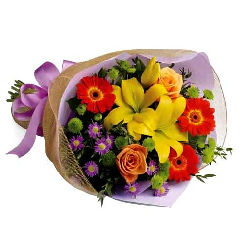 Captivating Bouquet of Mixed Flowers
