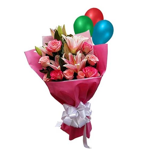 Extravagant Forever in Love Lily, Roses Bouquet with Balloons