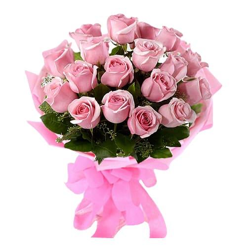 Special 18 Pink Roses Bouquet with Cheery Love