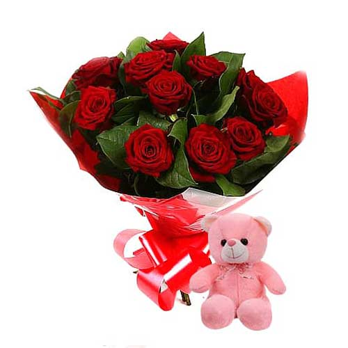 Extravagant Red Roses Bouquet With Teddy Bear
