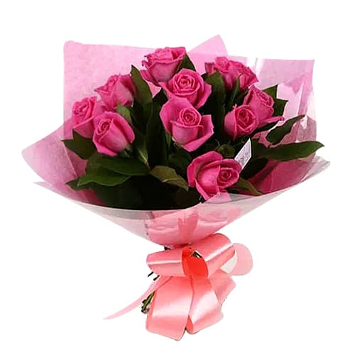 Artistic Dozen of Sweet Pink Roses Bouquet
