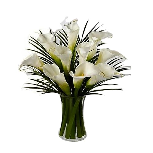 Passionate Bouquet of Lilies with Best Wishes