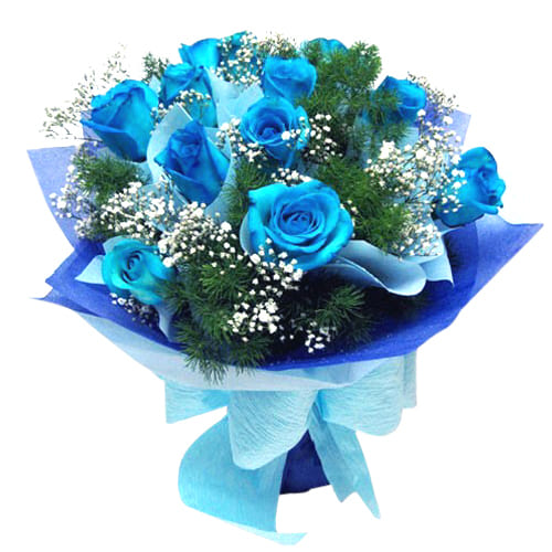 Precious 12 Blue Roses Bouquet with Exclusive Decoration