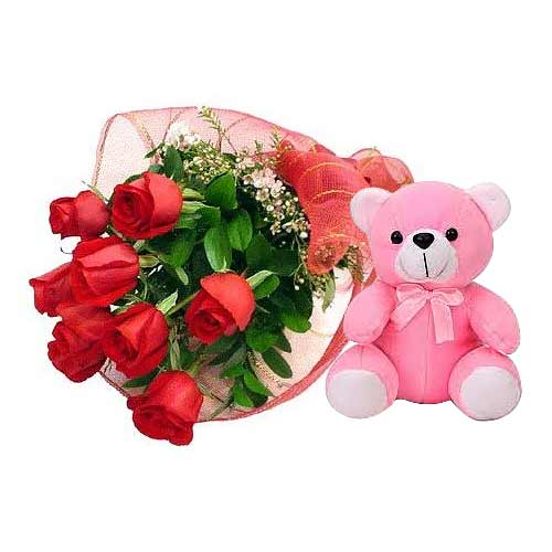 Adorable Valentines Day Bouquet of 6 Roses with Teddy Bear