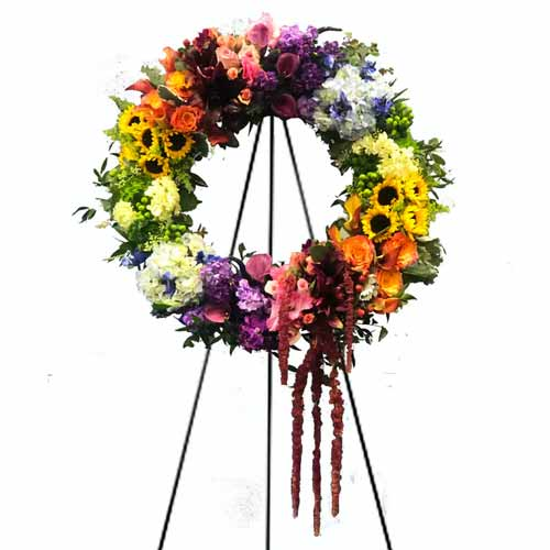 Mesmerizing Seasonal Flowers Wreath